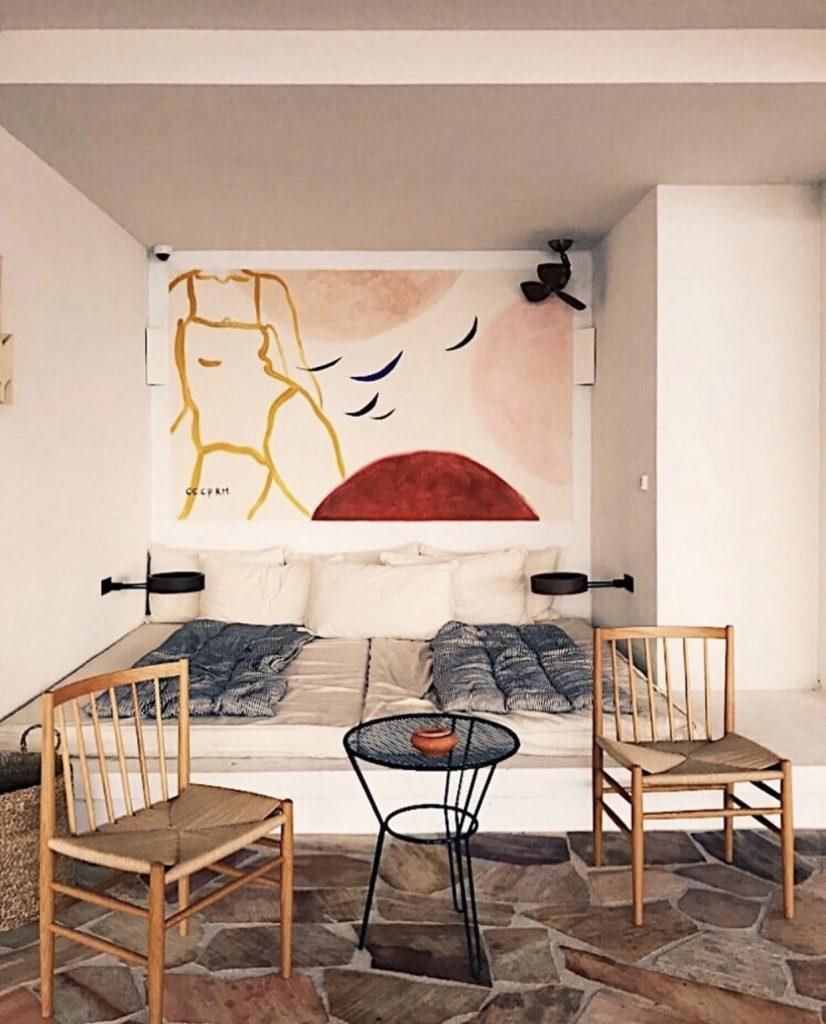 Mediterranean interior: Hotel Les Roches Rouges