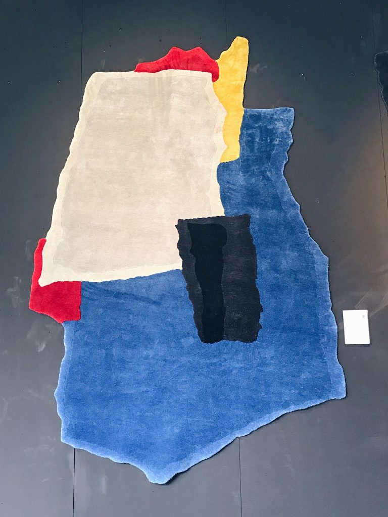 Ripped, Teared and Colored rug Joost van Bleiswijk Nodus