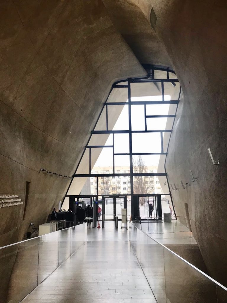 The main hall of Polin Museum